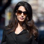 Беременная Амаль Клуни в Нью-Йорке: два образа за один день