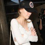 Уличный стиль знаменитости: Лили-Роуз Депп в аэропорту Лос-Анджелеса