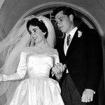 Минутка ретро: как появилось первое свадебное платье Элизабет Тейлор