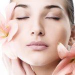Три главные причины не отказываться от солнцезащитного крема зимой
