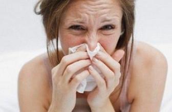 6 действенных рецептов, которые помогут при насморке