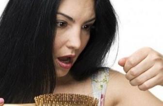 Беспокоит выпадение волос: 6 домашних средств в помощь!